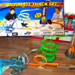 Video thumbnail – Hot Wheels Highway 35 Ultimate Track Set.